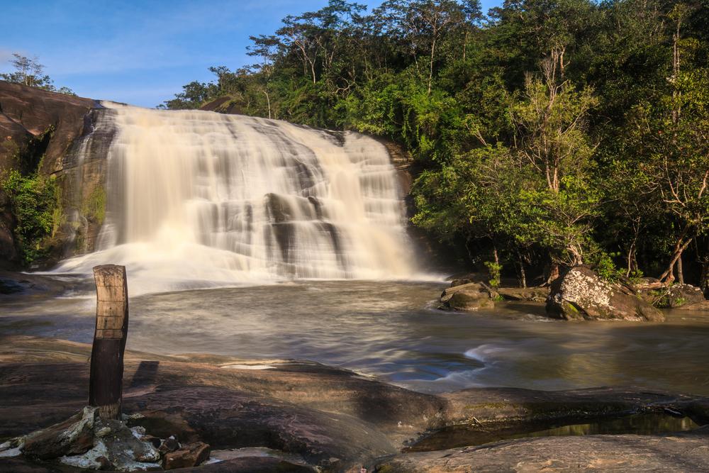 Chet Si Waterfall (น้ำตกเจ็ดสี)