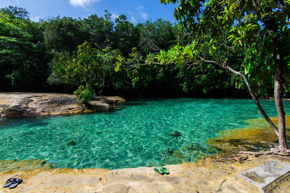 Emerald Pool (สระมรกต)