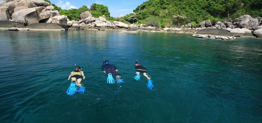 Travel Thai beaches in AugustKoh Tao