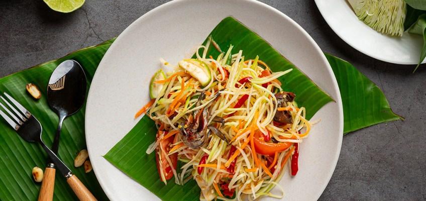 Som Tam or Spicy Green Papaya Salad