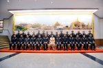 Royal Thai Army yingluck with army officers