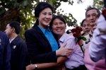 Buriram - HUGS for Yingluck