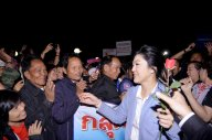 Udon Thani - PM Yingluck meets north Thais