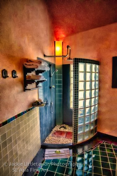 shower Mangosteen Spa and Resort