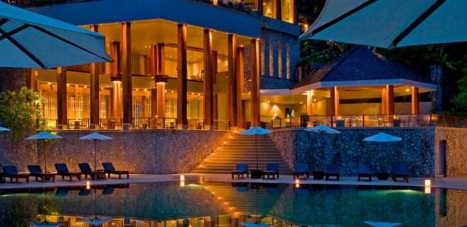 Отель The Surin Phuket