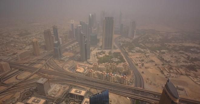 песчаная буря в Дубае