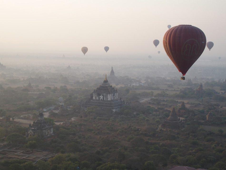 1000 - 03 - Petra P. - Ballonfahrt Bagan