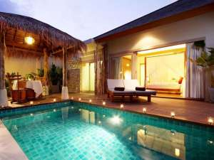 800-Private Pool Villa - Pool by night