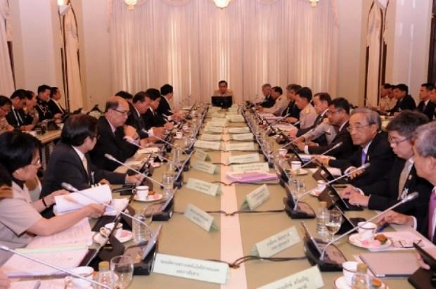 นายกรัฐมนตรีเป็นประธานการประชุมคณะกรรมการเตรียมการด้านดิจิทัลเพื่อเศรษฐกิจและสังคม ครั้งที่ 2/2558 อนุมัติ 3,700 ล้าน โครงการนำร่อง