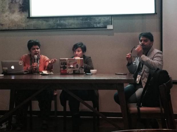 Bishakha Datta ผู้อำนวยการบริหาร Point of View (ซ้ายสุด)