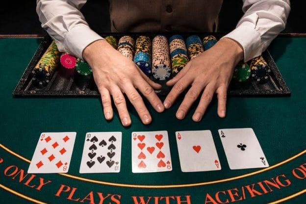 Poker Table Selection