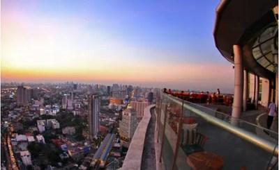 日本人観光客にあまり知られていないルーフトップバーでバンコクの夜景を見下ろす@BTSプラカノン Cielo Sky Bar (Zeppelin Rooftop Bar)