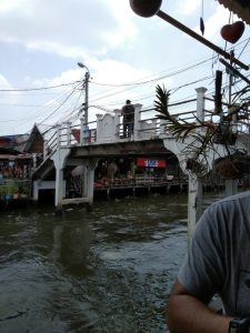 khlong bang luang bridge