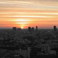 Living in Bangkok pros and cons: 5 comparisons on life in two great places