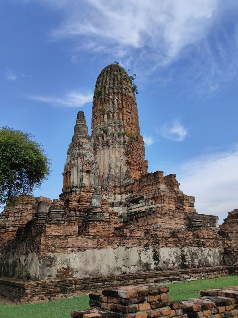 Ayutthaya: Touring the Temples in Thailand's old capital 8