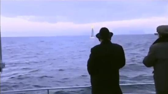 朝鲜纪录片播放潜射导弹发射画面 未提发射时间
