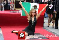thalia-thalia-is-honored-with-a-star_3983149