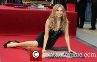 thalia-thalia-is-honored-with-a-star_3983159