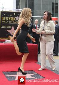 thalia-thalia-is-honored-with-a-star_3983166