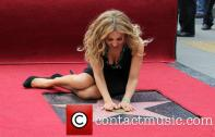 thalia-thalia-is-honored-with-a-star_3983167