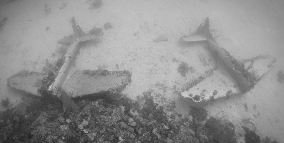 Here's-what-World-War-II-planes-now-look-like-in-their-underwater-graves12-990x500