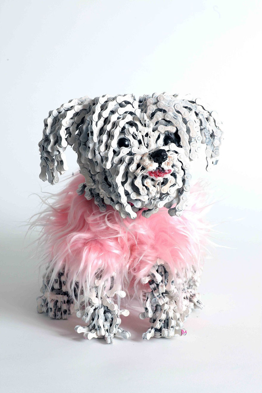 unchained-i-create-dog-sculptures-from-recycled-bicycle-chains-30__880