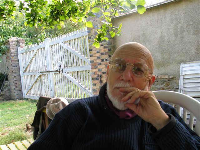 As teorias crítico-reprodutivistas e a escola dualista (FICHAMENTO)