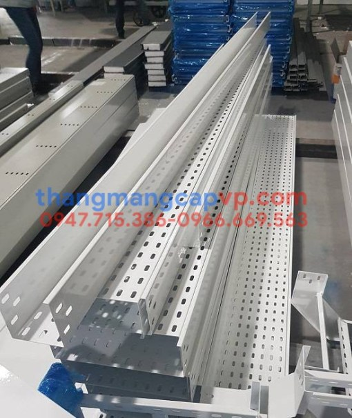 Khay cáp 100x100, cable tray 100x100