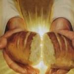 Dâng Chúa Bánh Này – Thúy Huyền