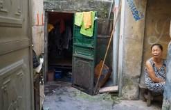 Hải Phòng đưa người nghèo sống gầm cầu thang đến nơi ở mới