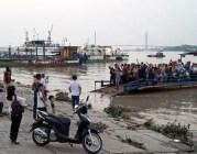 Hải Phòng: Hàng trăm người ra tiễn chuyến phà cuối cùng ở bến Bính
