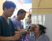 100 người nghèo huyện An Dương được phẫu thuật miễn phí thay thủy tinh thể