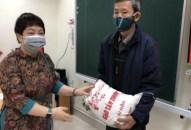 Quận Lê Chân: Hỗ trợ 3.720 kg gạo tới các hộ khó khăn bị ảnh hưởng bởi  dịch bệnh COVID-19