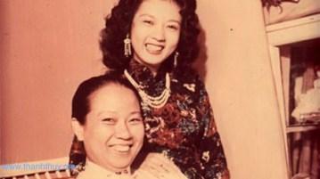 Hai mẹ con Bà Bầu Thơ và Thanh Nga
