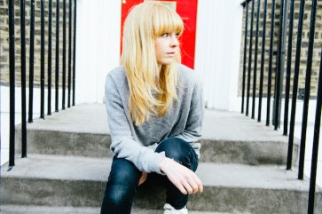 Lucy Rose_doorway