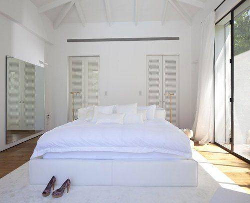 pat in mijlocul camerei