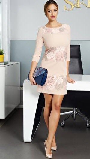 rochii din tricot cu flori aplicate