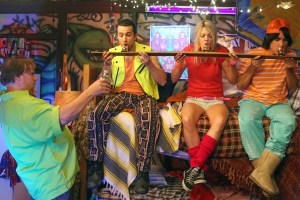 """IT'S ALWAYS SUNNY IN PHILADELPHIA -- """"The Gang Hits The Slopes"""" -- Episode 1103 (Airs Wednesday, January 20, 10:00 pm e/p) Pictured: (l-r) Kevin Farley as Turkey, Rob McElhenney as Mac, Kaitlin Olson as Dee, Dean Cameron as Drisko. CR: Patrick McElhenney/FX"""