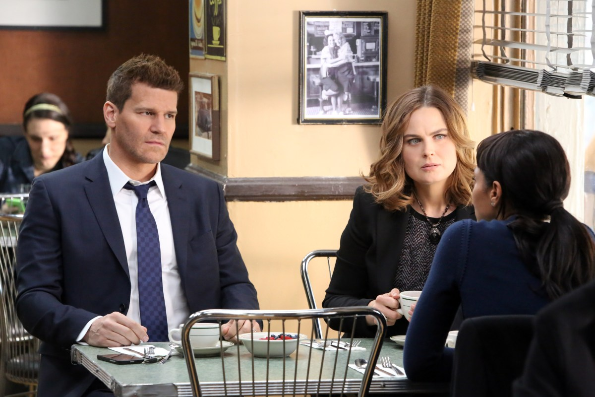 "BONES 11x11 Debriefing: ""You're Essential to Me"""