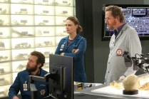 "BONES: L-R: TJ Thyne, Emily Deschanel and guest star Brian Klugman in the ""The Fight in the Fixer"" episode of BONES airing Thursday, May 12 (8:00-9:00 PM ET/PT) on FOX. ©2016 Fox Broadcasting Co. Cr: Patrick McElhenney/FOX"