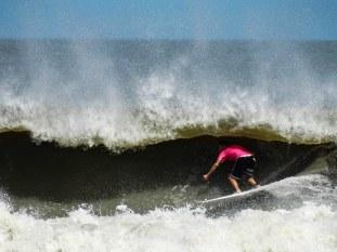 Surfer: Jeff Crego