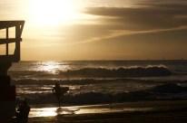 Surfer: @takshakmia