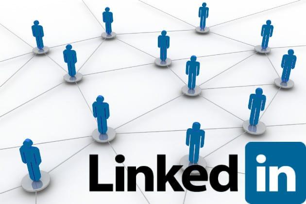 كيف تستخدم LinkedIn بطريقة إحترافية تزيد فرصك في الحصول على الوظيفة.