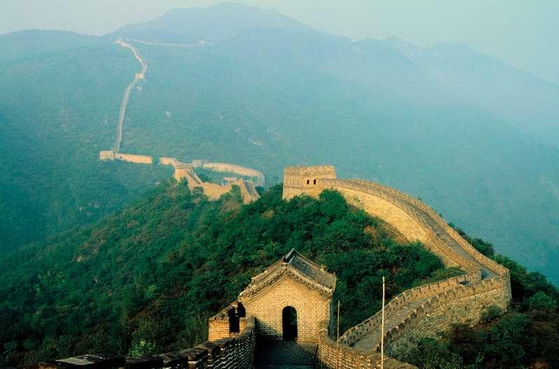 سور الصين العظيم عجائب الدنيا السبع