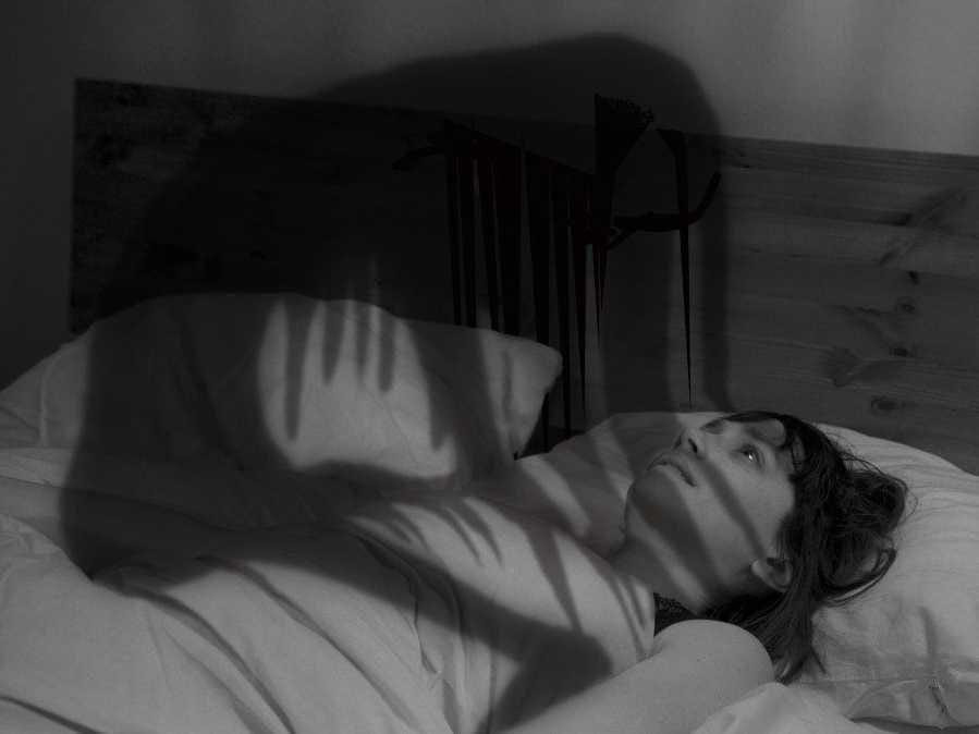 ما هو الجاثوم أو شلل النوم وما هو التفسير والعلاج