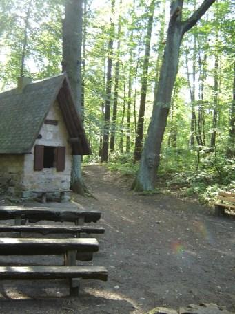 2.5 km-Runde - am Hexenhaeusel