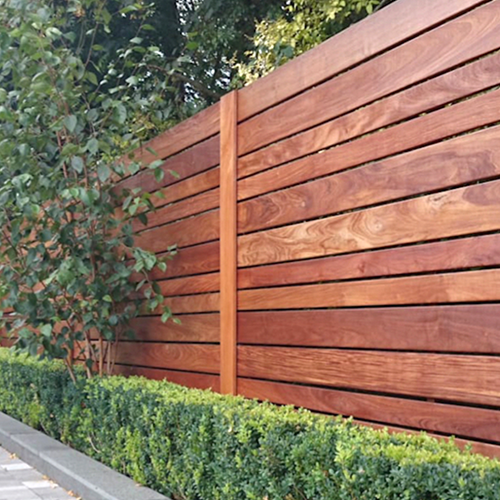 staining-your-deck-staining-your-fence