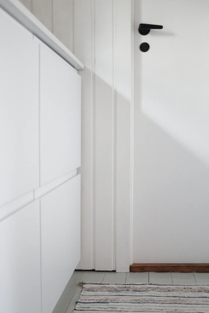 best-paint-for-trim-and-doors
