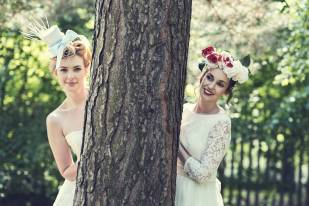 Vintage meets Alice in Wonderland wedding and styling inspiration photo shoot