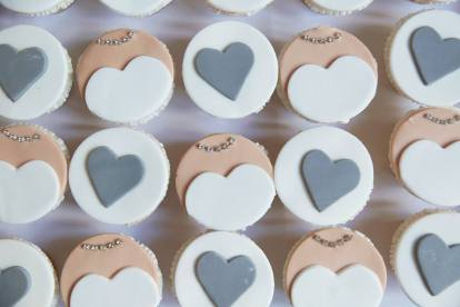 Lizzy and Emma's wedding - cupcakes